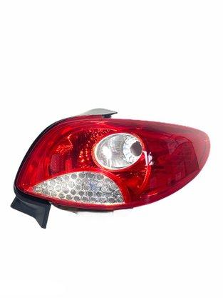 Lanterna Traseira Peugeot Sedan 207 2011 a 2015 Lado Direito Passageiro - FITAM